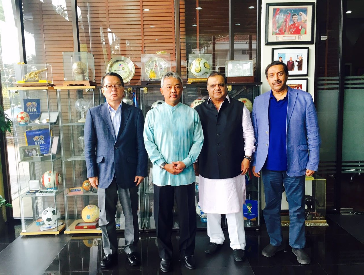 Honorary Treasurer Dato' Fumio Ogura, AHF President Tengku Abdullah Ahmad Shah,  Vice President Dr. Narinder Batra, CEO Dato' Tayyab Ikram